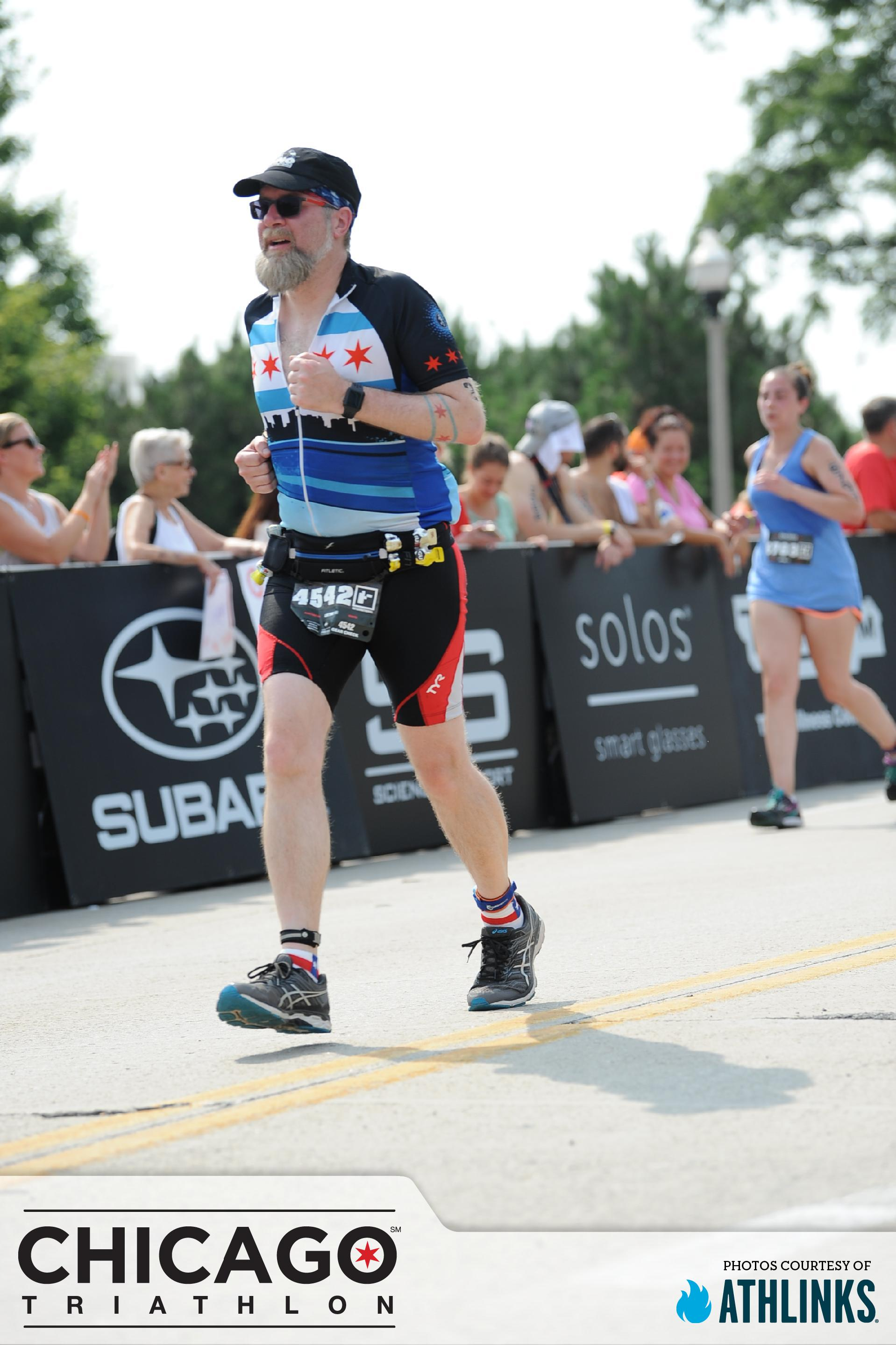 Fuzzy finishing the Chicago Triathlon